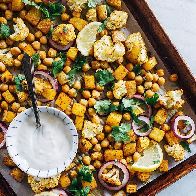 Sheet Pan Chickpea and Vegetable Tikka