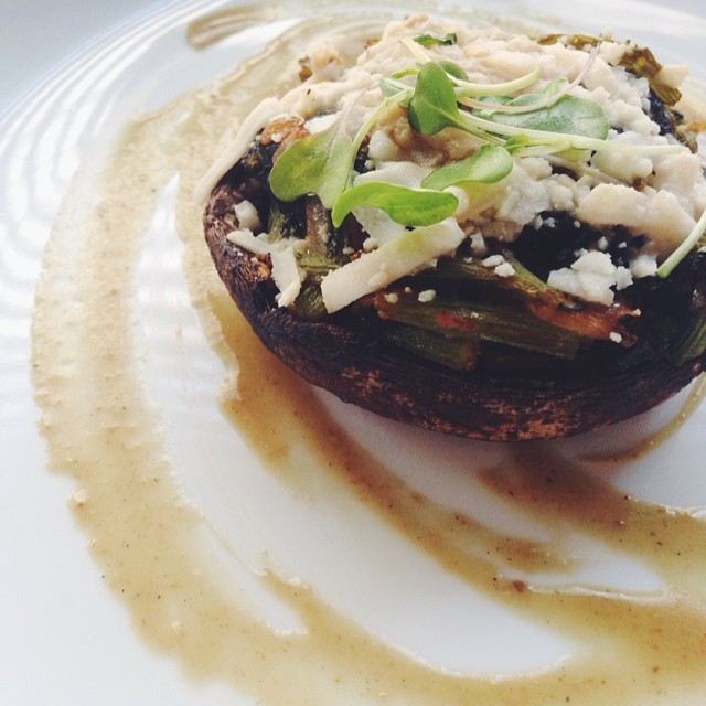 "Spinach Stuffed Portobello Mushrooms with Garlic ""au Jus."""