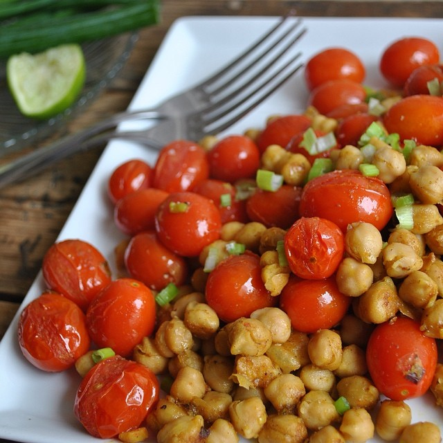 Curried Chick Peas & Tomatoes