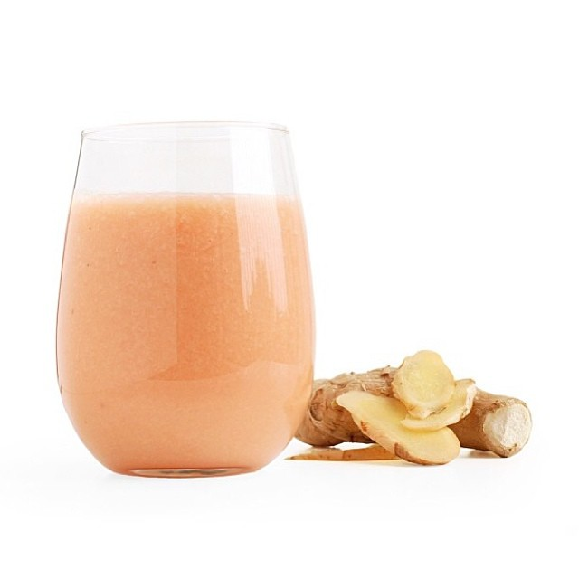 Grapefruit, Pear, And Ginger Smoothie