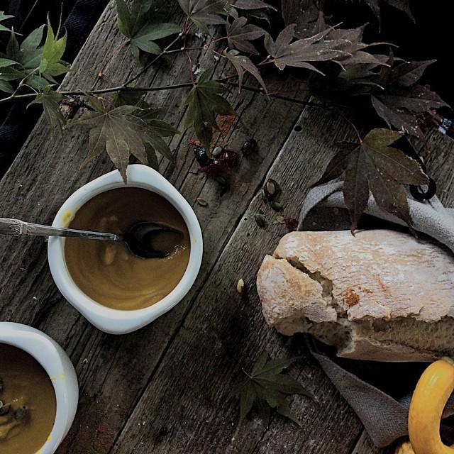 Paleo & Vegan Curry Butternut Squash Soup