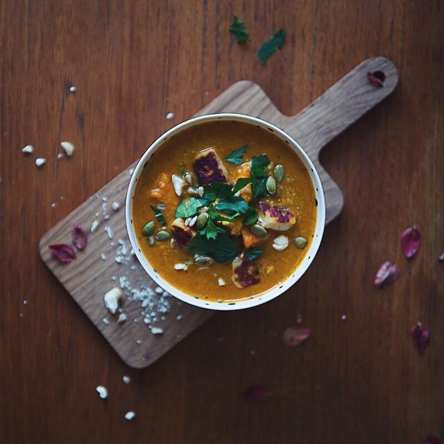 Sweet Potato & Garam Masala Soup With Halloumi