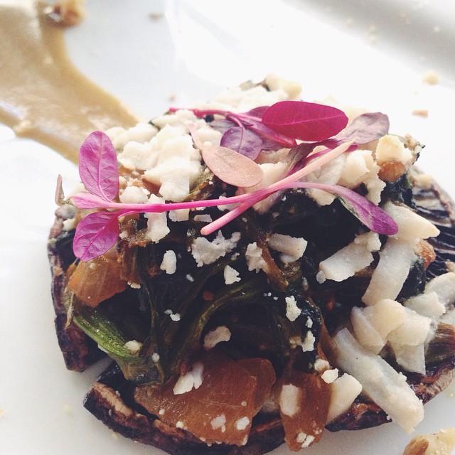 Spinach Stuffed Portobello  Mushrooms With Garlic Au Jus