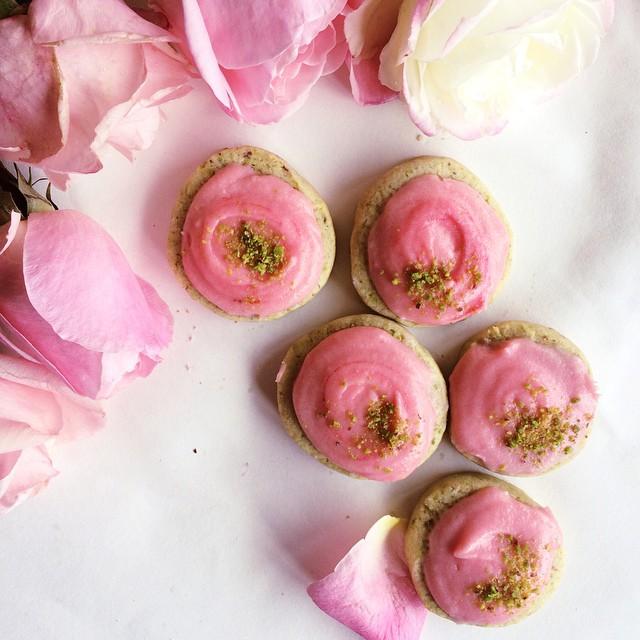 Rose Cream Pistachio Cookies