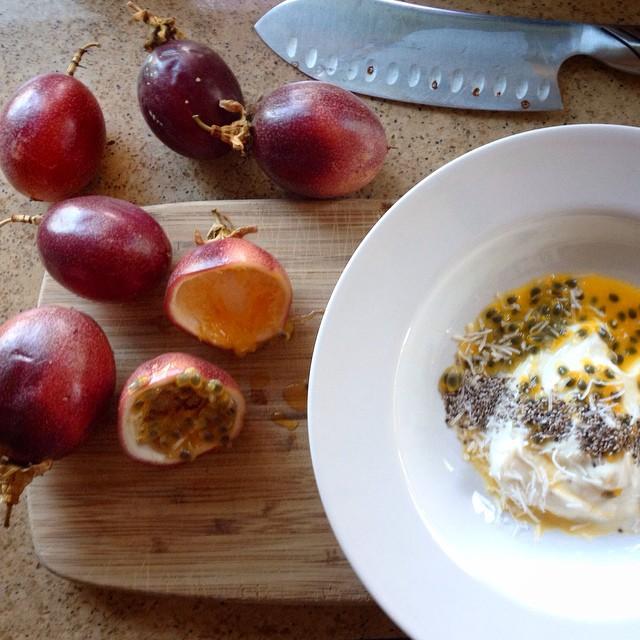 Vanilla Greek Yogurt with Lilikoi Pulp