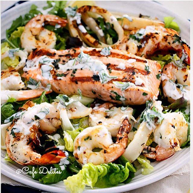 Bbq Seafood Salad With Garlic Greek Yogurt Dressing