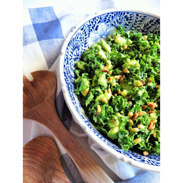Lemon And Avocado Kale Salad With Toasted Pine Nuts