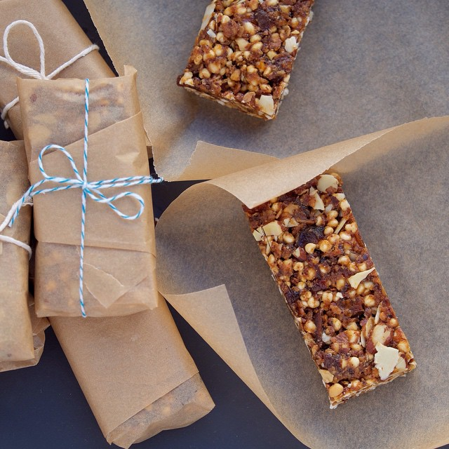 Almond & Apricot Bars With Puffed Cereal