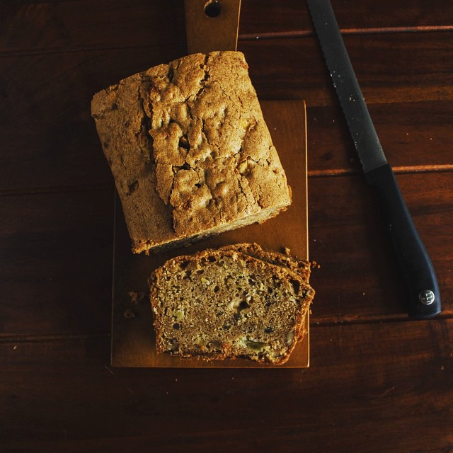 Apple Bread With Pecans