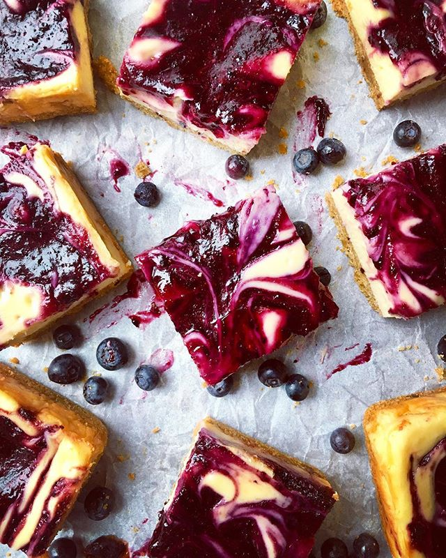 Blueberry Lemon Swirl Cheesecake Bars