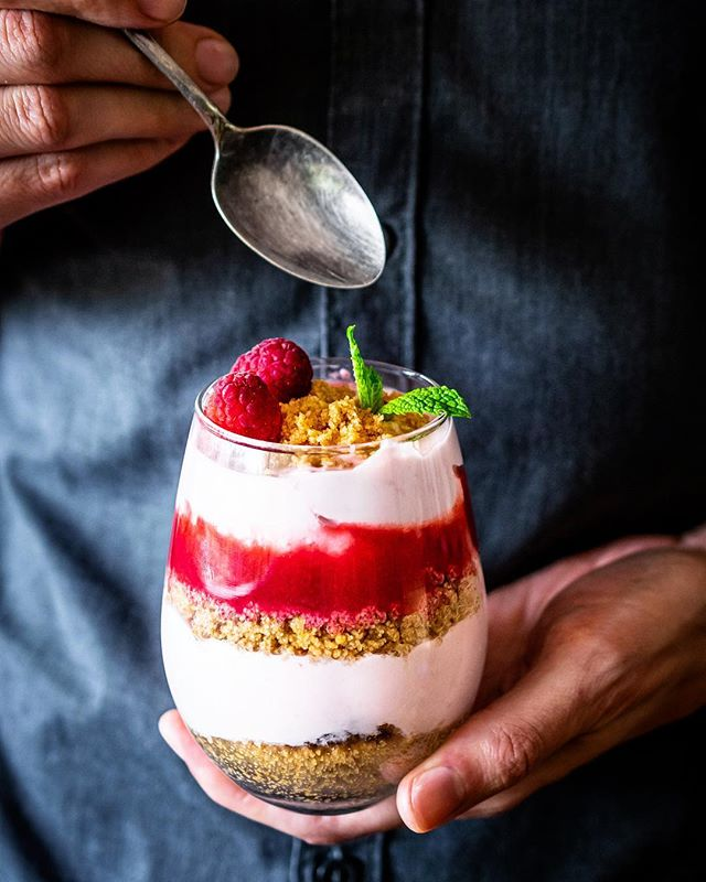 Raspberry Greek Yogurt Breakfast Parfaits with Pecan and Graham Cracker Crumble