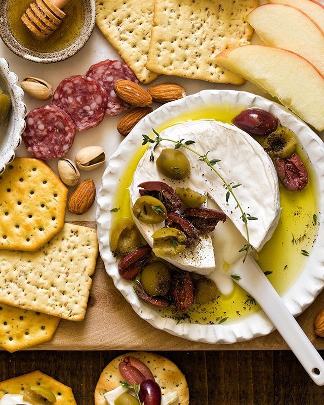 Baked Brie with Olives and Fresh Time
