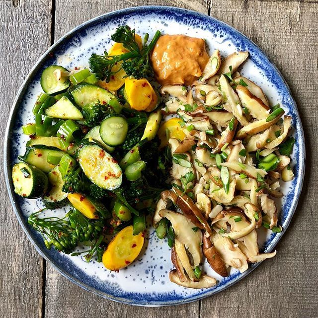 Marinated Vegetables with Cashew Sauce