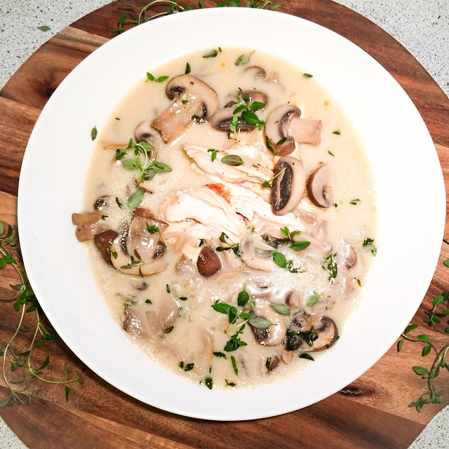 Chicken Mushroom Soup With White Wine & Fresh Thyme Recipe