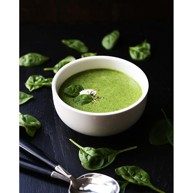 Spinach Broccoli & Leek Soup With Coconut Milk & Parmesan