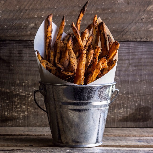 Spicy Baked Sweet Potato Fries With Horseradish Aioli