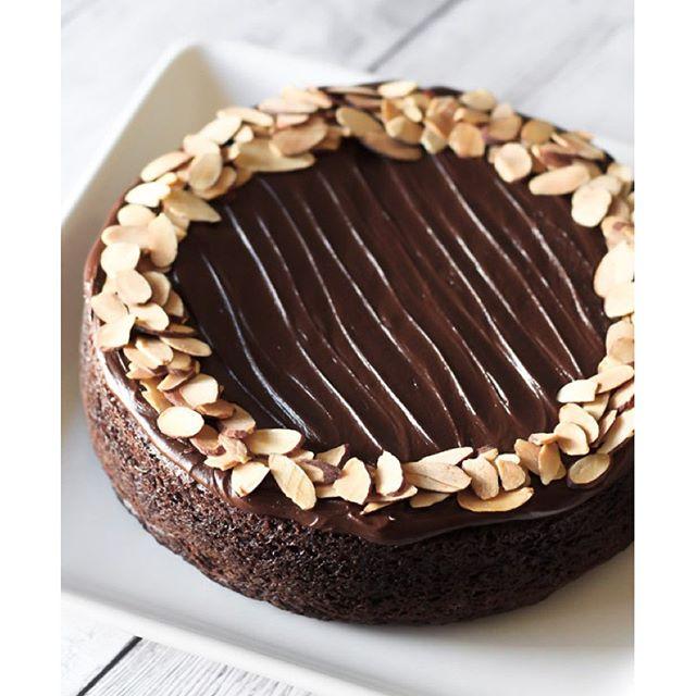 Chocolate Bowl Cake