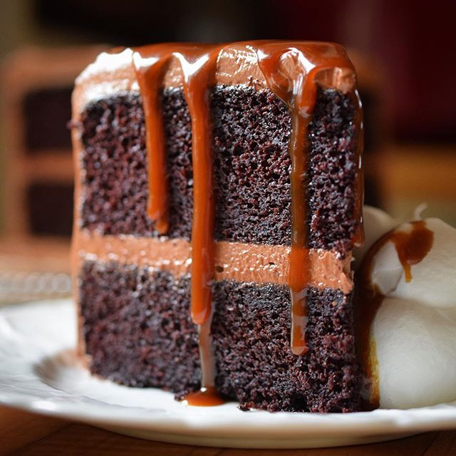 Best Rich Chocolate Cake Recipe