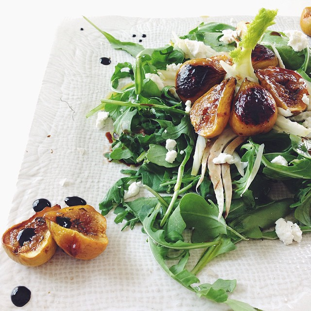 Fennel & Arugula Salad With Balsamic Roasted Figs