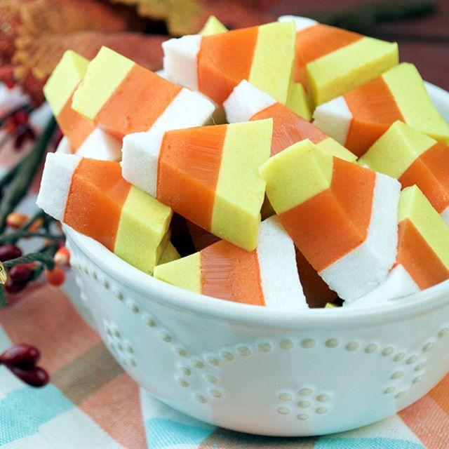 Paleo Candy Corn Gummies! These tasty bites ditch the refined sugar and dyes in favor of gut-healing…