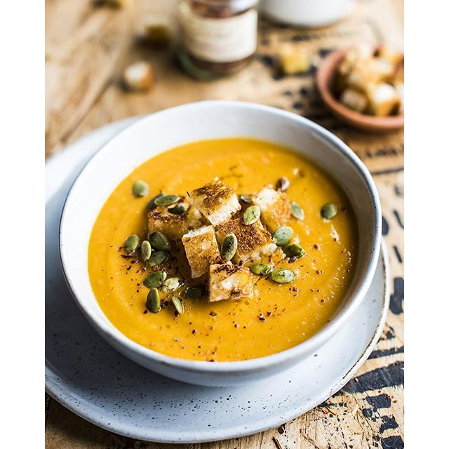 Hey! Soup with pumpkin and red lentils. Thick, rich and perfect for autumn