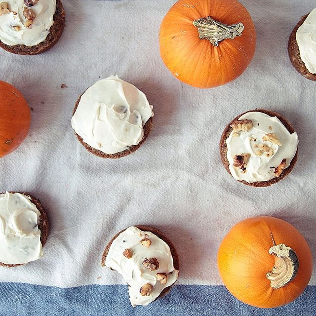Carrot Cupcakes With Cinnamon & Walnuts