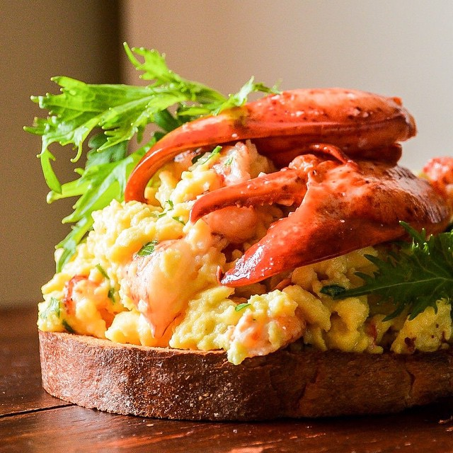 Lobster Soft Scrambled Eggs With Chives
