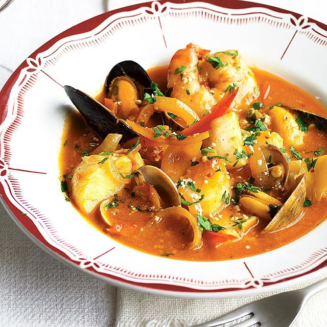 Smokey Tomato Catalan Fish Stew