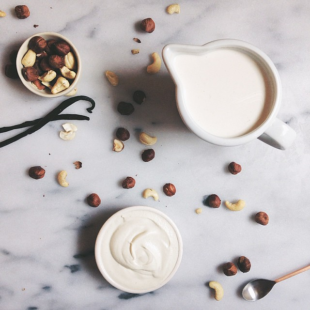 Hazelnut Milk And Cashew Vanilla Cream