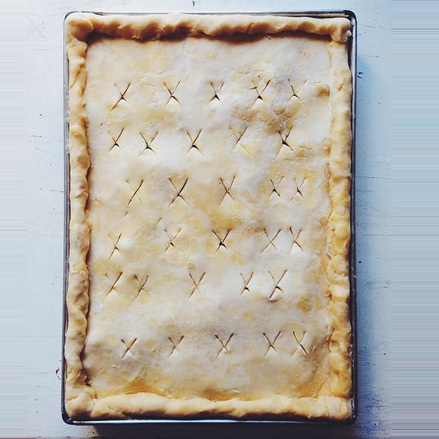 Slab Pie With Cream Cheese Pie Crust