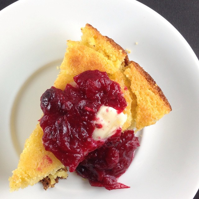 Cornbread With Rosemary-tarragon Cranberry Sauce