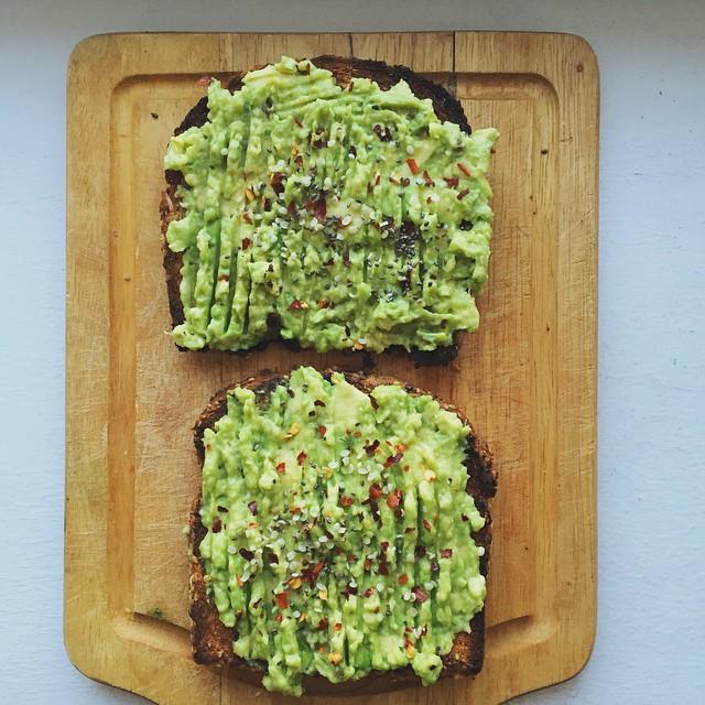 Avocado toast boosted with hemp seeds, chia seeds, chili flakes & maldon's sea salt.