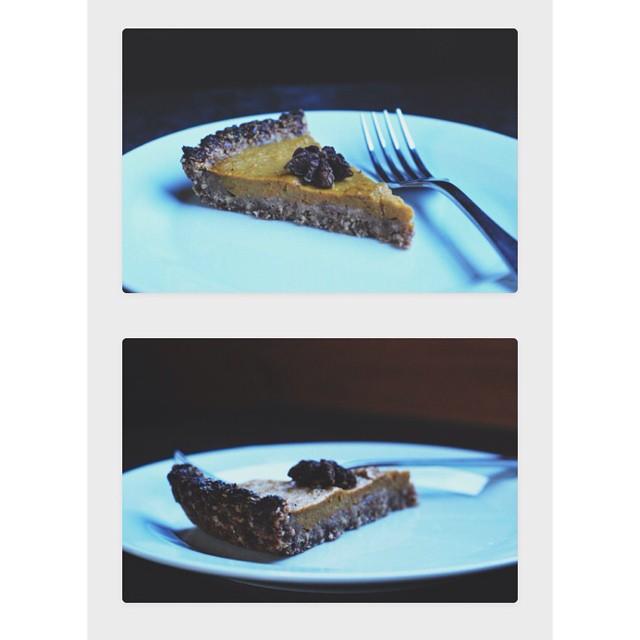 Pumpkin Pie In A Date & Oat Crust With Cinnamon & Cardamom