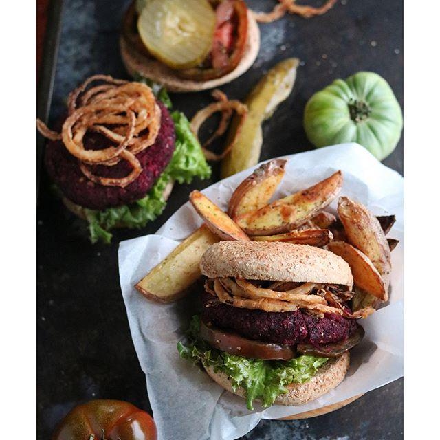 Bulgar + Beet Burger night, topped with homemade fried onion strings. #vegan