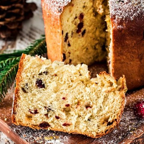 There simply cannot be Christmas without panettone! Better yet if it's filled with cranberry…
