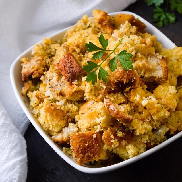 Crock Pot Cornbread Stuffing