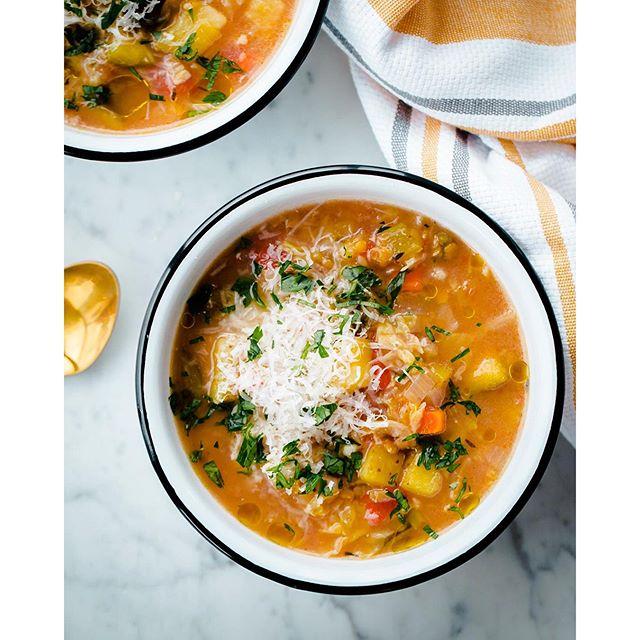 Slow Cooker Red Lentil Vegetable Soup