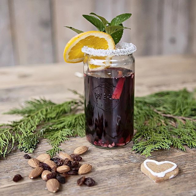 Traditional Glogg (mulled Wine)