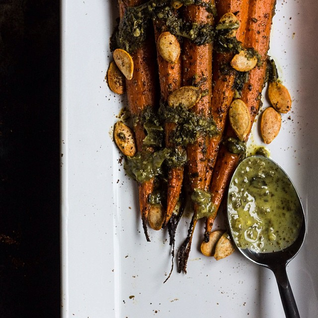 Roasted Carrots with Pesto Butter and Spicy Pumpkin Seeds are ready for Thanksgiving!