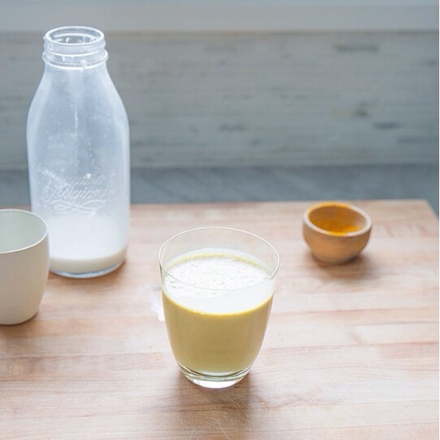 Turmeric Smoothie + Homemade Hemp Milk
