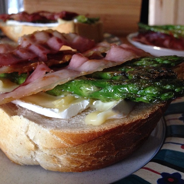 Open-faced Crispy Prosciutto, Asparagus, & Brie Grilled Cheese