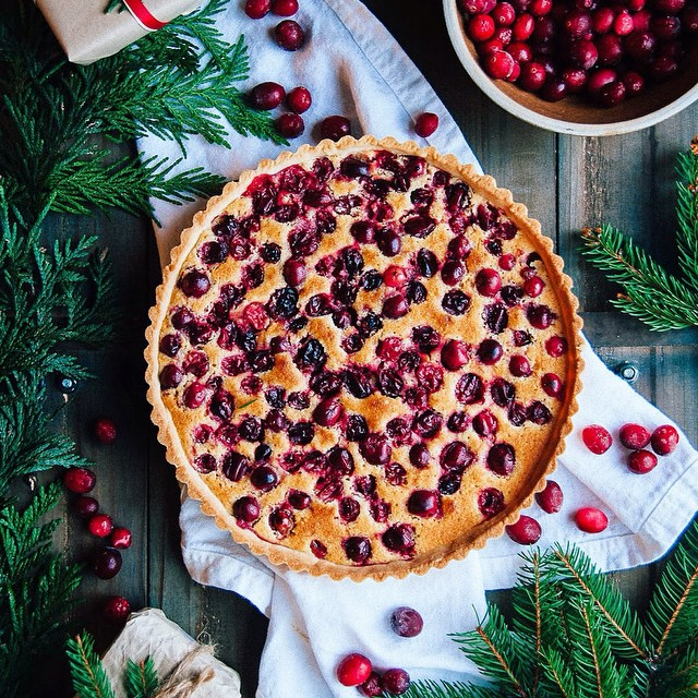 This beautiful Cranberry Orange Frangipane Tart is a perfect blend of sweet and tart. The crisp…