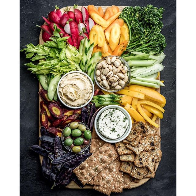 Crudité Platter With Hummus, Olives, Cheese Spread And Crackers