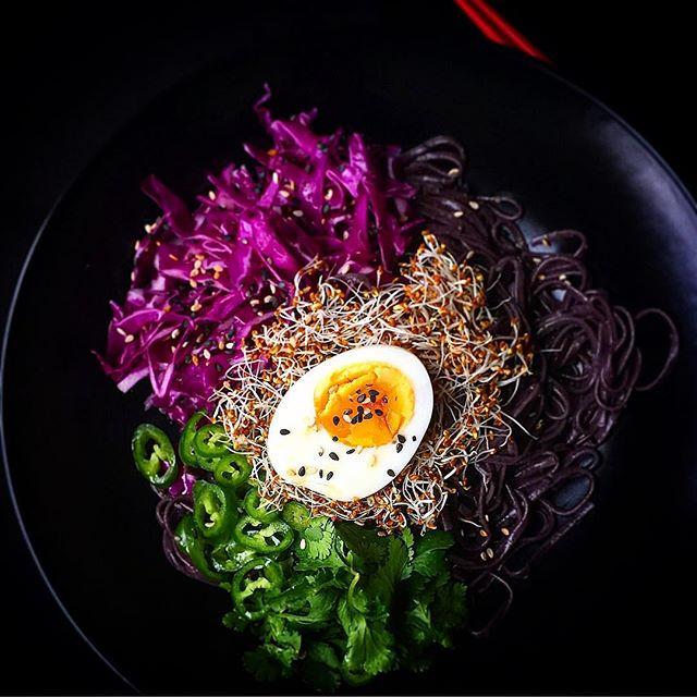 Black Rice #noodle Salad.. #putaneggonit #redcabbage #jalapeños #cilantro #sprouts #alfaalfa #ginger…