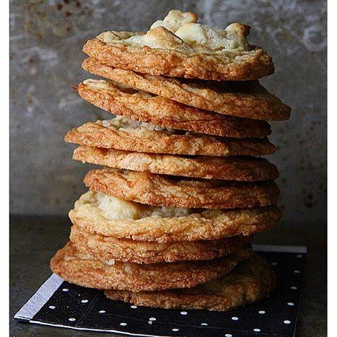 Gluten Free White Chocolate Macadamia Cookies