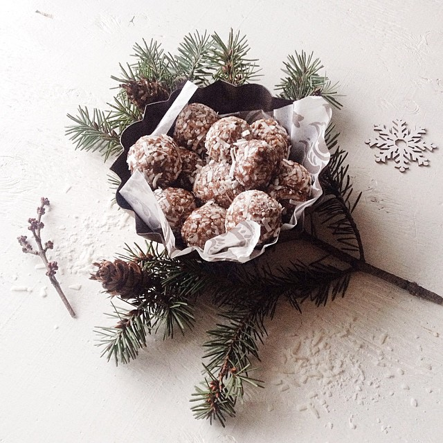 Chocolate & Coconut Truffles