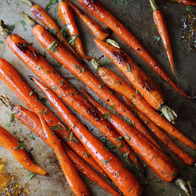 Pepper Jelly Glazed Roasted Carrots