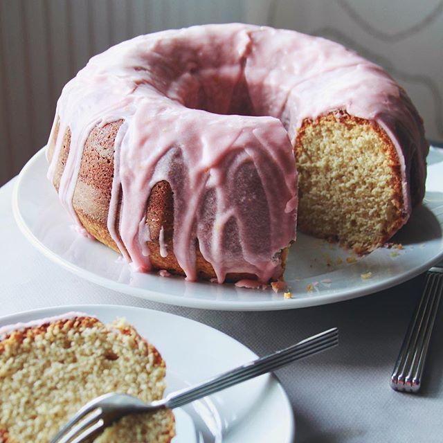 Orange And Sour Cream Cake