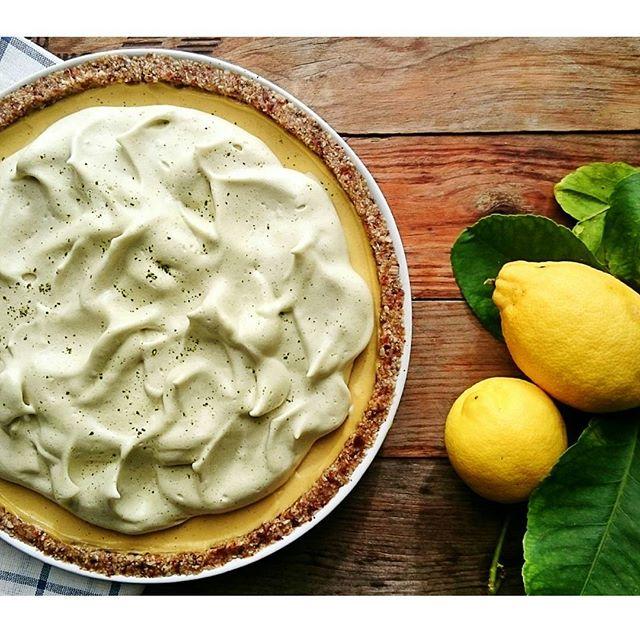 Lemon Pie With Aquafaba Matcha Meringue