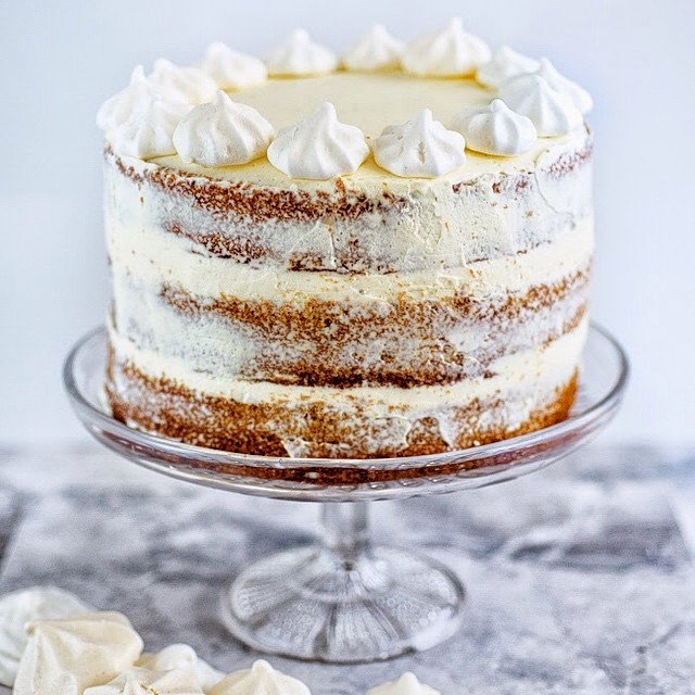 Gingerbread Layer Cake With Cinnamon Cream Cheese Icing